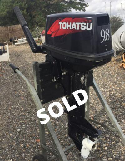 Tohatsu 9.8 2-Stroke outboard engine
